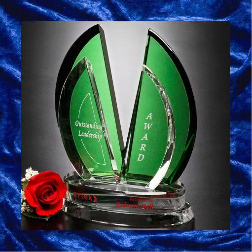 Four leaf trophy with rose